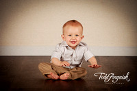 2014-10-04 Carter Dean 1 Year Portraits (social media, iPhone sized)